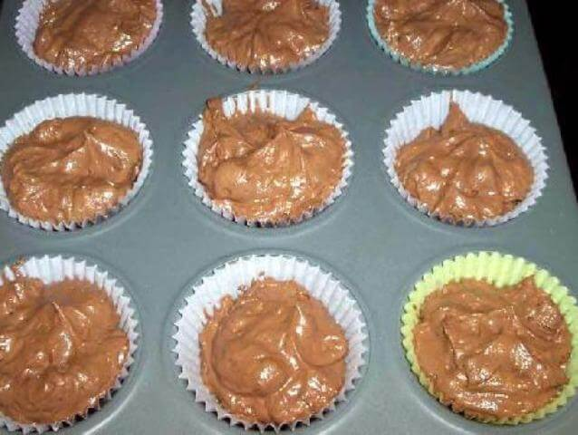 Chocolate Cupcakes with Butter Cream Photo 10
