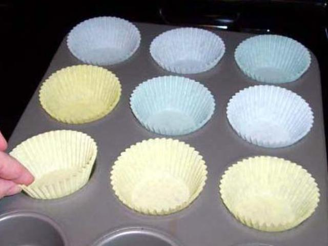 Chocolate Cupcakes with Butter Cream Photo 2