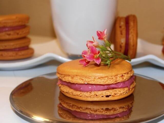 Macaroons with Raspberry Ganashe Photo 1