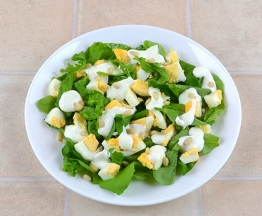 Simple Rocket Salad with Eggs Photo 6