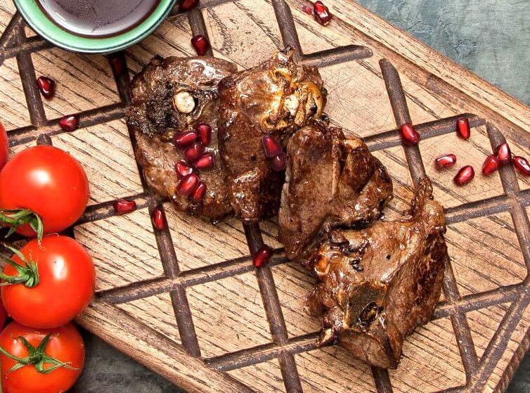 Perfect Easter Lamb with Pomegranate Juice Photo 1