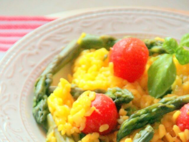 Risotto with Saffron, Green Asparagus and Cherry Tomatoes Photo 13