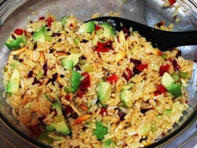 Curry-Mustard Rice Salad with Shrimps and Avocado Sauce Photo 2