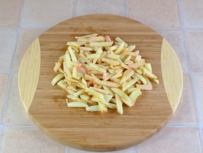 Healthy Celery and Apple Salad Photo 3