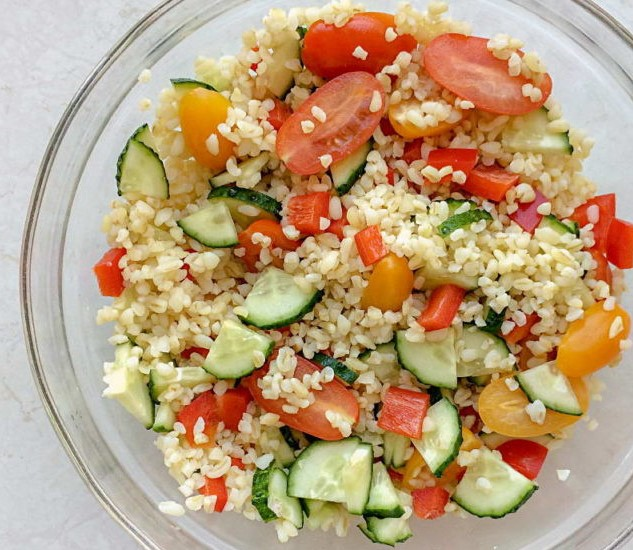 Salad with Bulgur and Vegetables Photo 5