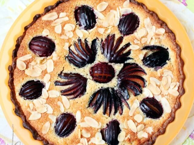 Plum and Frangipane Tart Photo 1